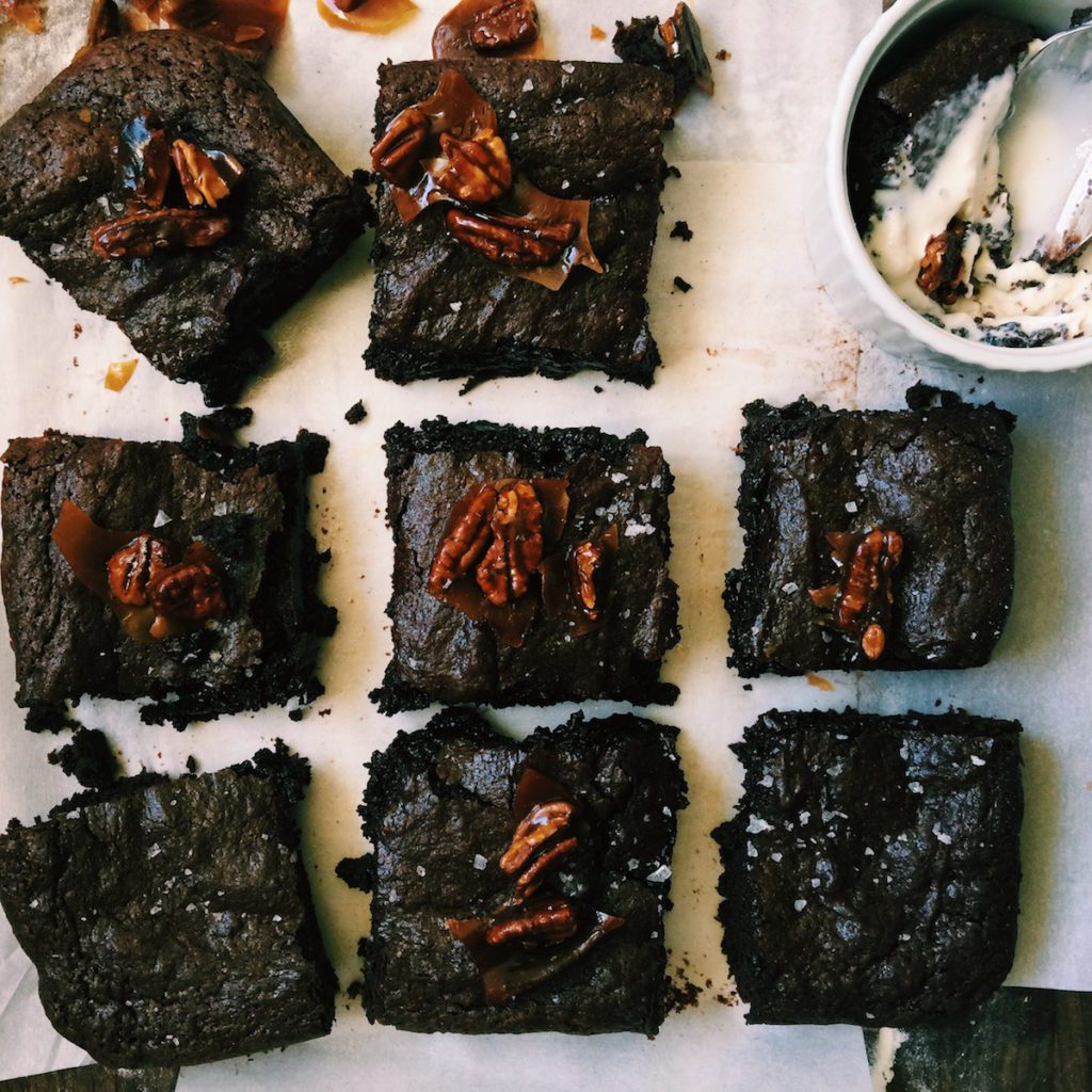 fudgy brownie with caramelized pecan brittle | Recipe via DisplacedHousewife