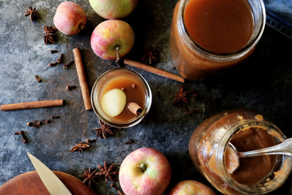 Slow Cooker Spiced Cider | Recipe via DisplacedHousewife | Just apples, spices + water!