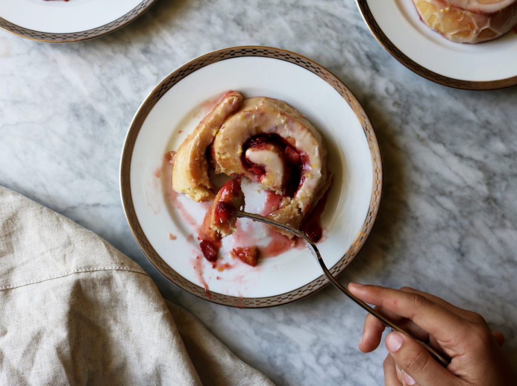 Overnight Strawberry Jam Buns With Lemon Crème Frâiche Recipe | Displaced Housewife
