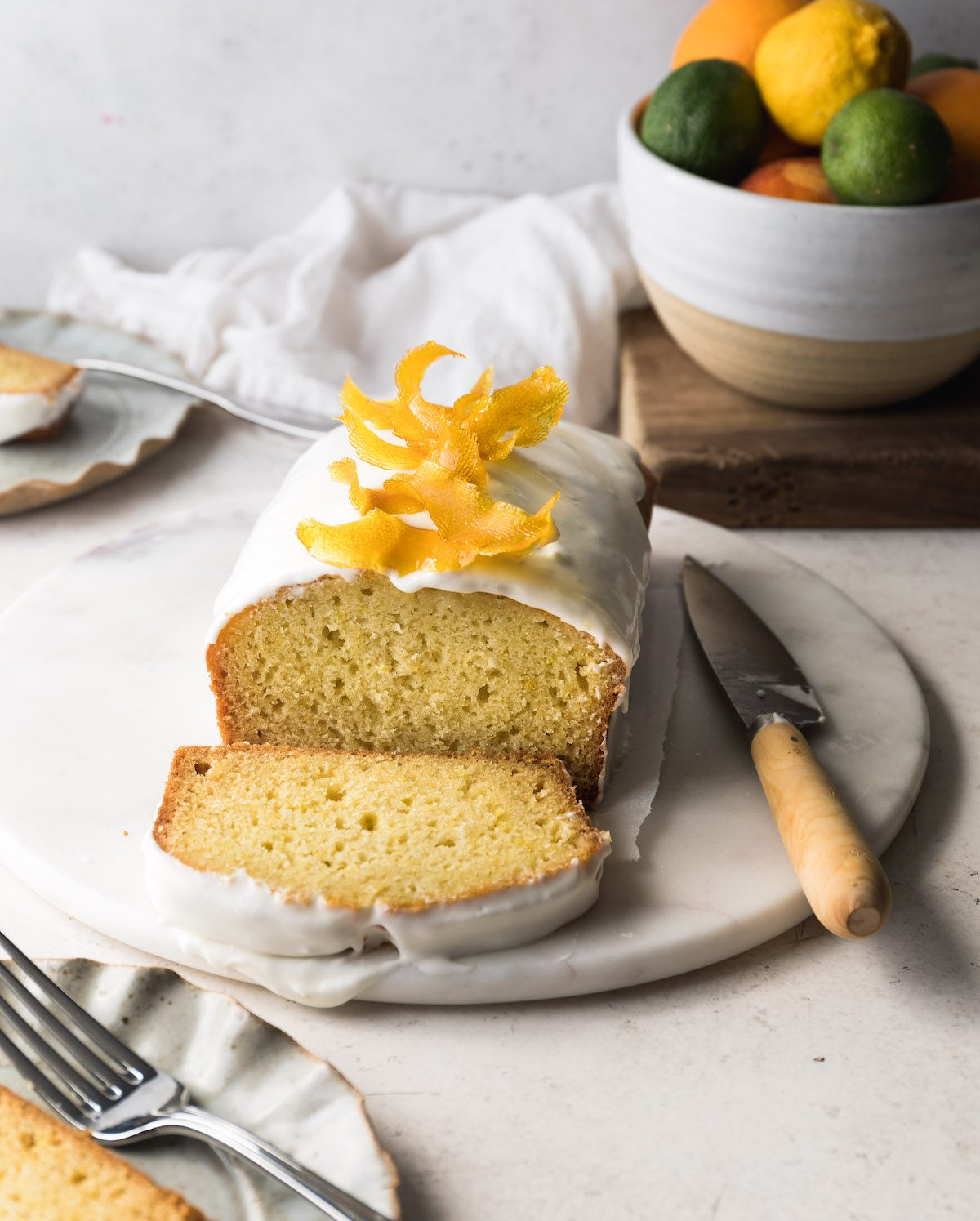 Fresh Lemon Tea Cake | Recipe via DisplacedHousewife Rebecca Firth