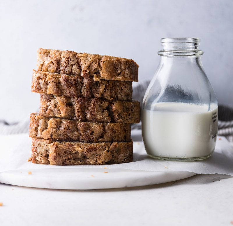 Everyday Banana Bread | Recipe via DisplacedHousewife Rebecca Firth