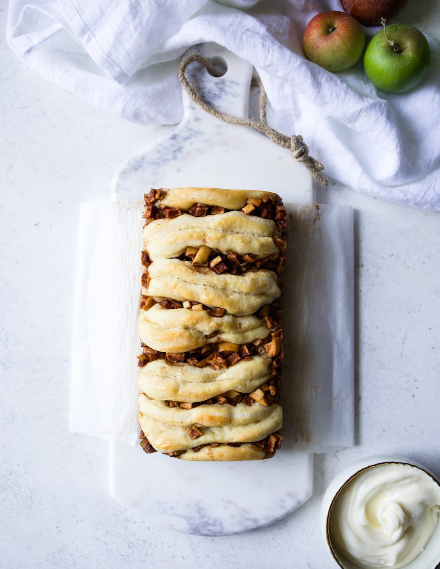 Apple Cinnamon Roll Pull Apart Bread | Recipe by DisplacedHousewife Rebecca Firth