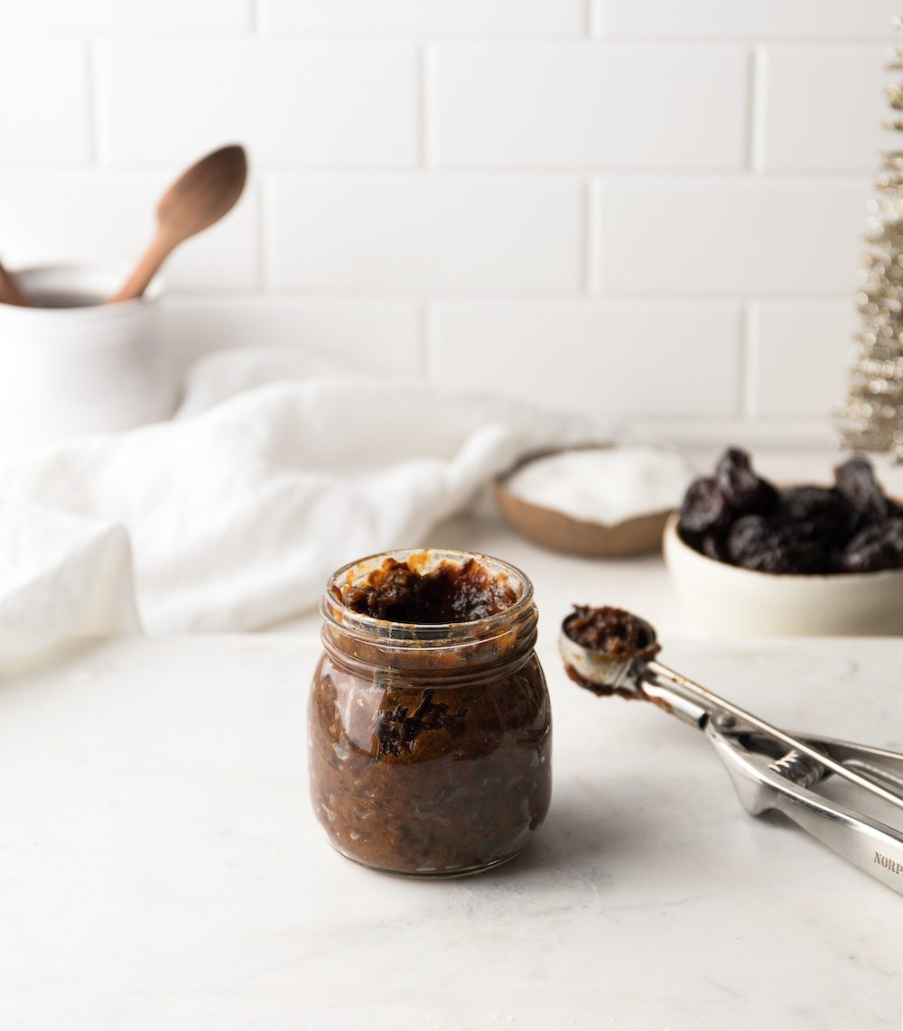 Super simple spiced prune jam